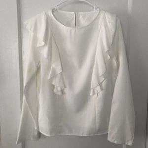 Tops - Cute white blouse with ruffels